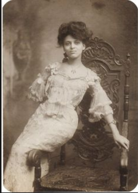 Victorian Era woman1