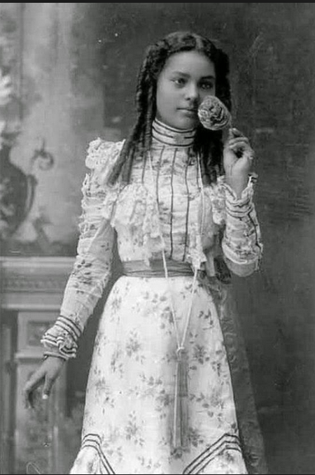 Young blk girl during the 1800s
