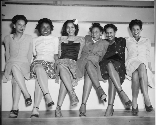 1944_NAS Seattle_Spring Formal Dance_Left to right_ Jeanne McIver_Harriet Berry_Muriel Alberti_Nancy Grant_Maleina Bagley and Matti Ethridge