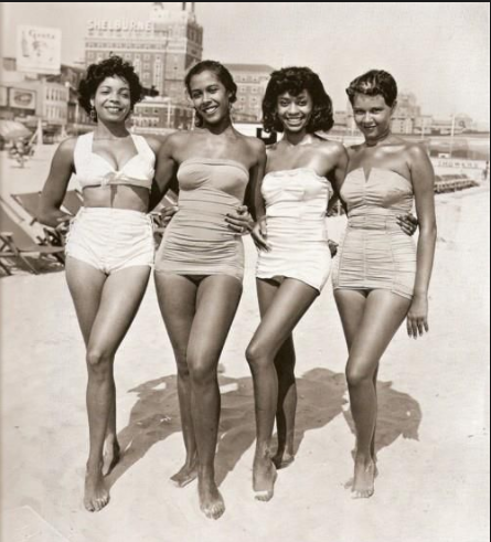 Beauties ar the Beach 50s and 60s