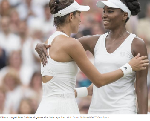 Venus Williams congratulates Garbiñe Muguruza after the Wimbledon Womens Final